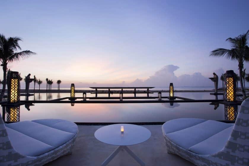 mulia_resort_-_ocean_pool