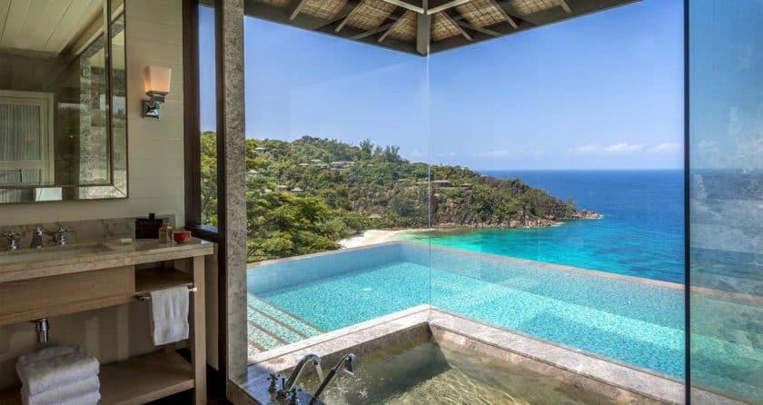 indian-ocean-hotel-four-seasons-seychelles-bathroom
