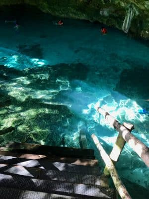 Cenote Dos Ojos, Tulum, México